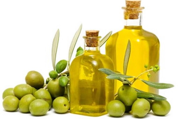 Health-and-saturated-fatty-acids-polyunsaturated-and-unsaturated-fats-and-oils-Olive-oil