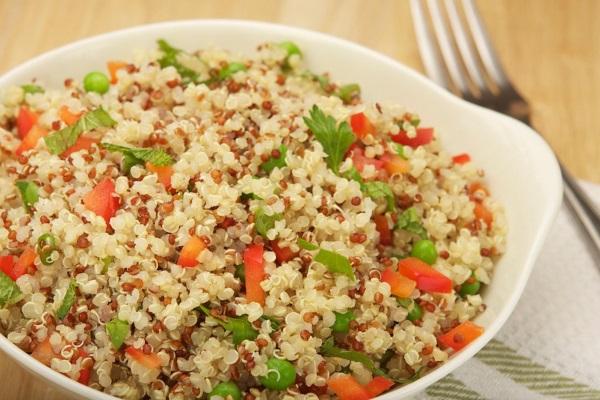mayim-bialik-quinoa-salad-ftr