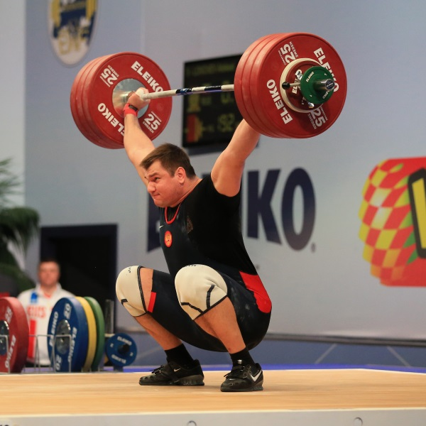 RUSSIAN WEIGHTLIFTER ALEKSEY LOVCHEV BREAKS WORLD RECORD ...