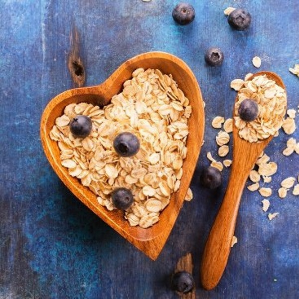 oats-on-blue-table