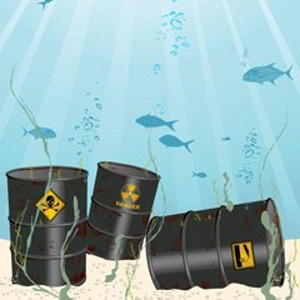 barrels-of-toxic-chemicals-on-ocean-floor