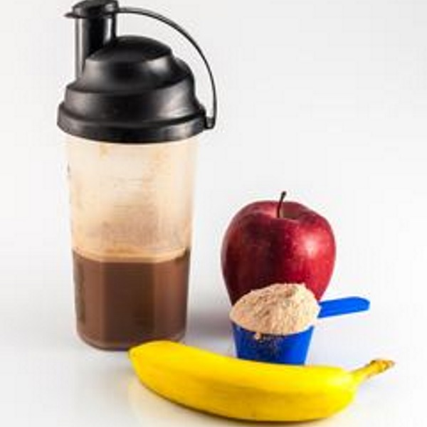 protein-shake-protein-powder-apple-and-banana